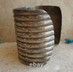 EARLY 1900's NAVAJO WIDE HAND WROUGHT SILVER INGOT CUFF BRACELET 60.8 grams