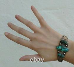 Great 1930's Vintage Navajo Indian Silver Twisted Wire Turquoise Cuff Bracelet