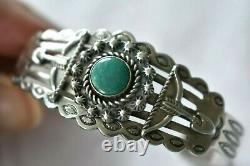 Great Vintage Fred Harvey Era Stamped Coin Silver Turquoise Arrow Cuff Bracelet