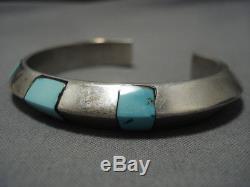 Impressive Vintage Navajo Turquoise Sterling Silver Bracelet Cuff