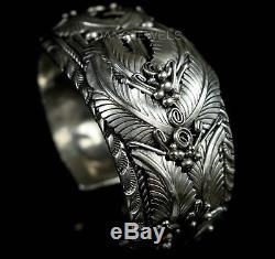 MENS Old Pawn Navajo Vintage SQUASH BLOSSOM SOLID Sterling BIG Bracelet