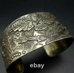 Old 1930s Fred Harvey Era NAVAJO Hand-Stamped Sterling Silver Cuff BRACELET