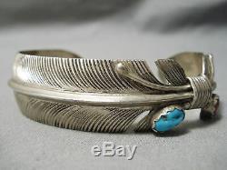 Striking Vintage Navajo Hand Carved Sterling Silver Feather Bracelet Old