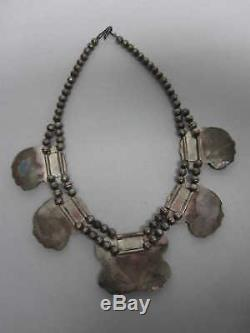 VINTAGE OLD PAWN NAVAJO STERLING SILVER BUTTERFLIES with CORAL NECKLACE