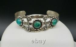 Vintage Jewelry Sterling Silver Turquoise Bracelet Native American Navajo