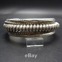 Vintage NAVAJO Heavy Gauge TWISTED & STAMPED Sterling Silver Cuff BRACELET 58g