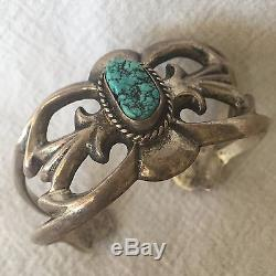 Vintage NAVAJO Sand Cast Sterling Silver & TURQUOISE Cuff BRACELET Small Wrist