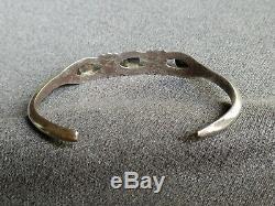 Vintage Native American Navajo Turquoise Sterling Silver Sandcast Cuff Bracelet