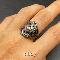 Vintage Navajo Fred Peshlakai Stamped Repousse Sterling Silver Ring Size 8.25