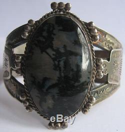 Vintage Navajo Indian Silver Thunderbirds & Scenic Agate Cuff Bracelet