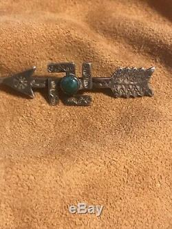 Vintage Navajo Silver Whirling Log Arrow Pin Smooth Bezel Turquoise