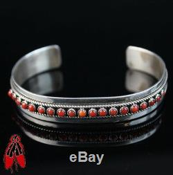 Vintage Navajo old Natural Red Coral Bracelet sterling silver. 925 dead pawn USA