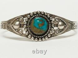Vintage Signed MAISELS Navajo Sterling Silver & Turquoise Cuff Bracelet